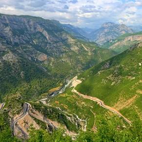 Albania tytulowe
